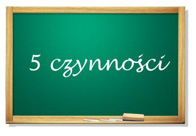 Tablica z napisem 5 czynności
